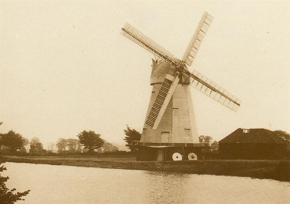 Picture of South Ockendon Windmill